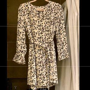 Cute animal print dress. Size: SPetite